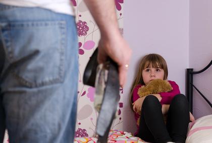 bambina-violenza-abuso