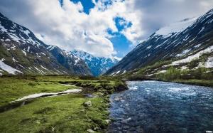 montagna-fiume