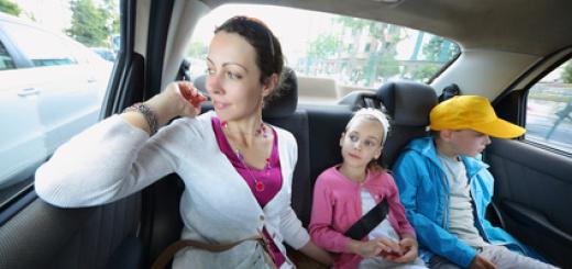 auto-bambini-famiglia