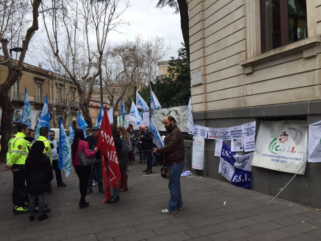manifestazione-infermieri-cni-marzo-2016-1