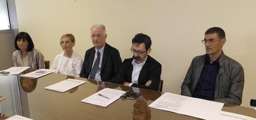conferenza-stampa-laboratorio-microbiologia-clinica-aou-ferrara