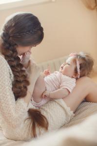 mamma-bambina-letto