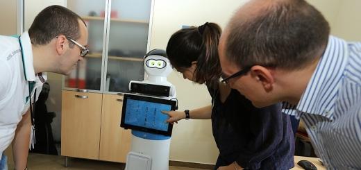 robot-mario-casa-sollievo-1