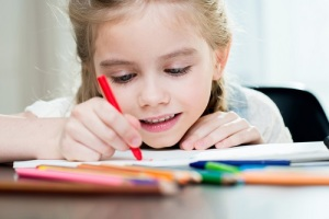 bambina-scuola-quaderno
