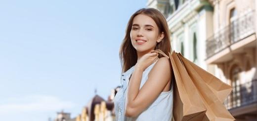 donna-ragazza-shopping