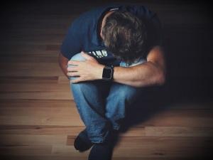 uomo-depressione-malattia-mentale