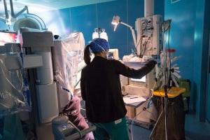 sala-operatoria-chirurgia-robotica-aou-pisana-3