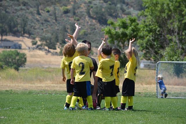 Bimbi e sport, niente più certificato medico fino a 6 anni