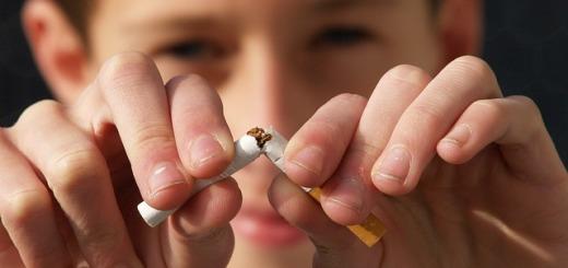 bambino-fumo-sigaretta