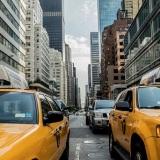 traffico-taxi-citta