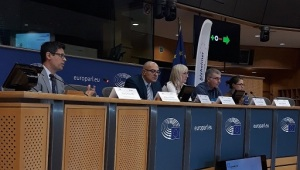 alzheimer-europe-al-parlamento-europeo-mario-possenti-2018