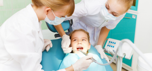 bambina-dentista
