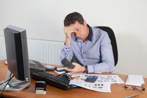 uomo-stress-stanchezza-depressione