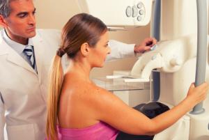 donna-medico-mammografia