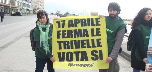 mobilitazione-greenpeace-napoli-1