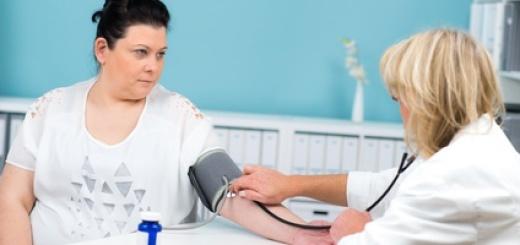 obesa-visita-medica-pressione