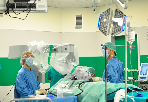 videochirurgia-sordita-meyer-1