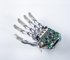 protesi-robotiche-detop-2