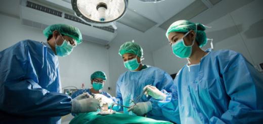 chirurghi-sala-operatoria-3