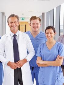 gruppo-medici-ospedale-2