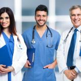 trio-medici-ospedale-corsia-2
