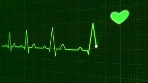 elettrocardiogramma-cuore-verde