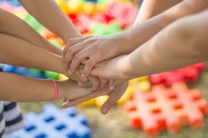 mani-bambini