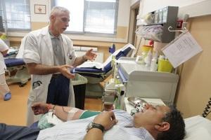 giovanni-toti-donazione-sangue