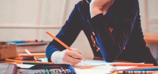 scuola-banco-disegnare