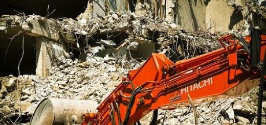 demolizione-ruspa